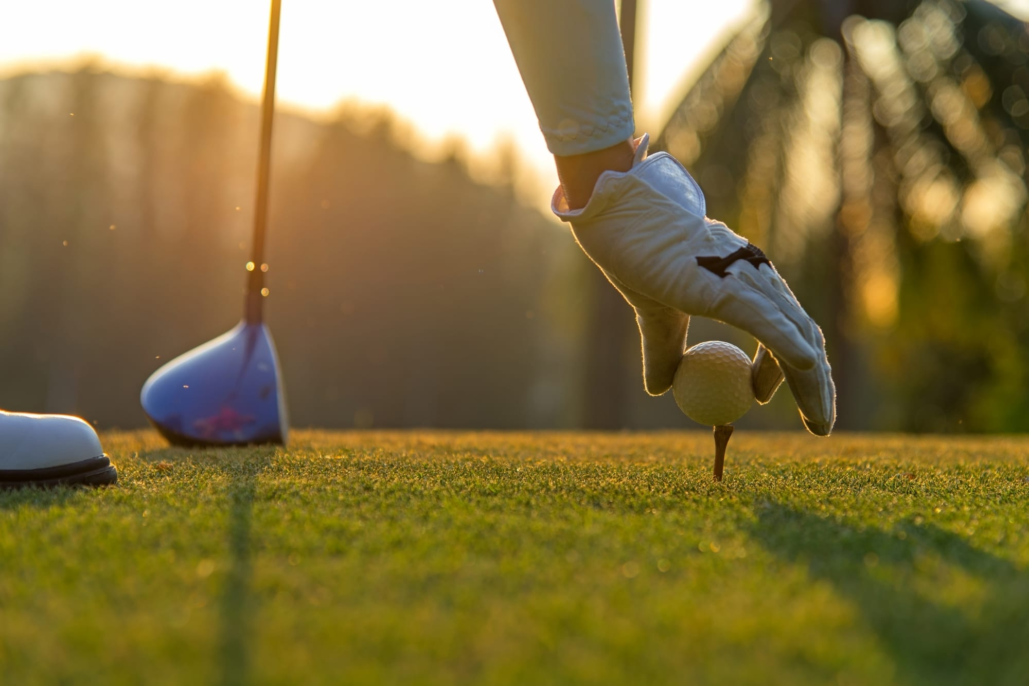 Spend A Weekend with Friends on The Golf Course